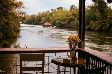 7 Cafes by the river, Kanchanaburi Invites everyone to experience nature cafe by the river. (Part 1)