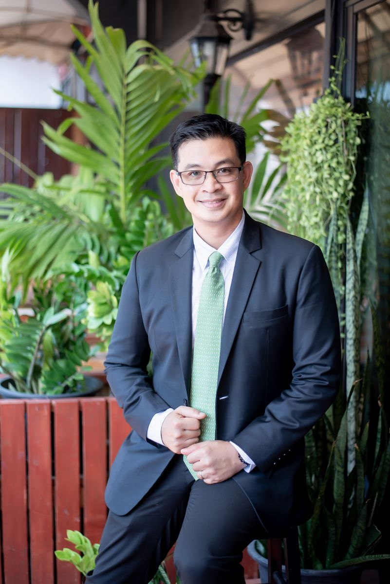 Piya Sosothikul: Successful Practitioner and Scholar when it comes to Business