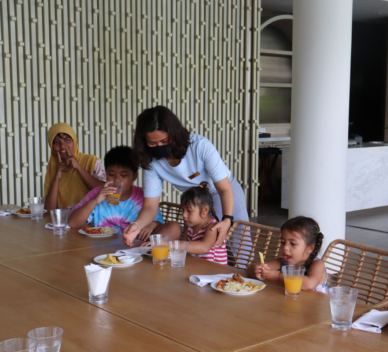 Meliá Koh Samui Plays Host to Children with Special Needs